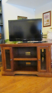 32 inch Panasonic television and television stand