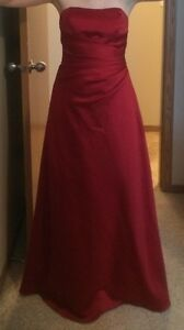 Cardinal Red Long Strapless Bridesmaid Dress, Size 6/8