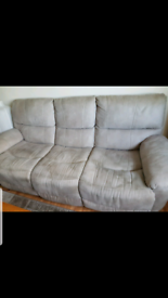 3 seat recliner. ALL FREE.