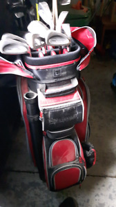 Women's PRO Golf Bag and clubs.