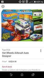 Hot wheels no boxes but everything there