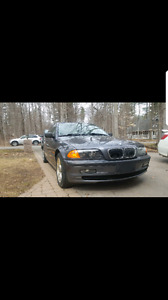 Great condition ready to drive 2000 bmw 323i sedan