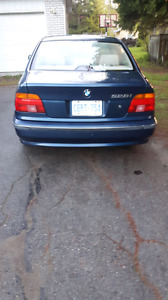 2000 bmw 528i VERY CLEAN