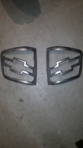 2001 CHEVY S10 TAIL LIGHT GRILLS