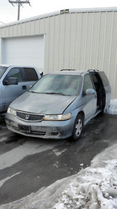 2001 Honda Odyssey for parts, gray body.