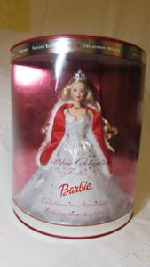 2001 Holiday Celebrations Barbie Unopened in Box