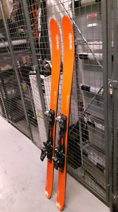 DPS Wailer 99 Hybrid ski with marker tour 12 bindings