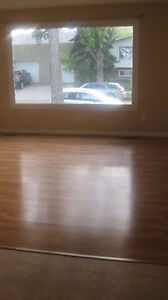 $500 OFF SECURITY! 3BDRM MAIN FLOOR - JULY 1ST