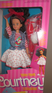 1988 Teen Time College Courtney Barbie doll
