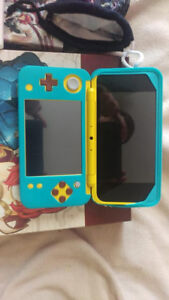 [Discontinued] Pikachu 2DS + Games