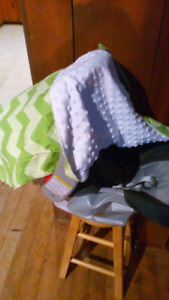 Carseat cover canopy blanket