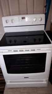 Maytag Electric Glass top Range