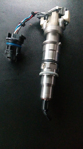 2005 2008 fuel injector ford 6.3 brand new