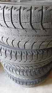 4 pneus d'Hiver -Michelin-Tubeless Radial X-Ice - 205/60 R16 92T