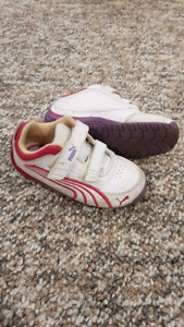 Puma toddler girl size 7 shoes
