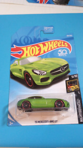 Hot wheels 15 Mercedes AMG GT green