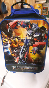 Kids transformer carry on suitcase $10