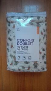 Ensemble de draps en flanelle/ duvet sheet