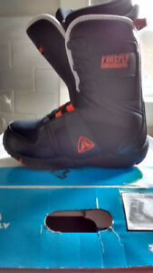 Boys Snowboard boots - size 5.5 - almost new