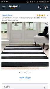 Black white carpet 5'x7.7'