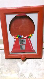 Bubblegum machine dispenser