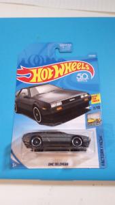 Hot wheels DMC Delorean grey