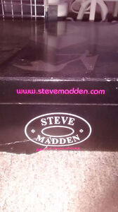 bottes Steve Madden stiletto boots- New! / Neuf! West Island Greater Montréal image 4