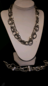 5th Avenue Necklace and Bracelet