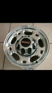 16 inch chevy/gmc 8 bolt rims wanted