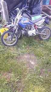 2 dirt bikes  Stratford Kitchener Area image 2