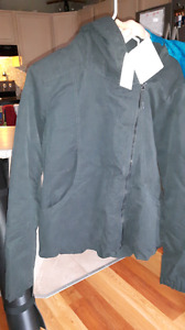 Women's BENCH Jacket BRAND NEW