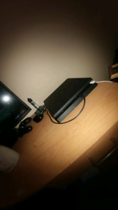 Ps4 slim excellenet condition + 300gb HDD + 6 games