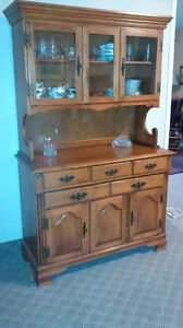 Roxton Dining Room Set, including Hutch - Must sell! Kingston Kingston Area image 3