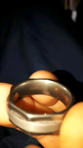 Mens tungsten ring. Size 10 I think