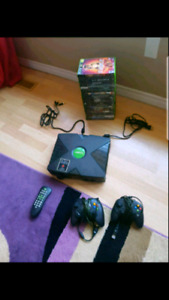 Original XBOX with 2 controllers, 23 games and DVD remote ,