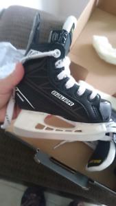 Toddler hockey skates