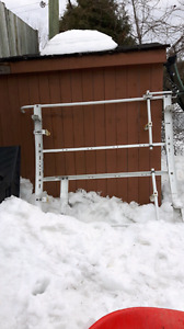 Ladder rack/ rack à échelles