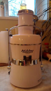 Jack's Lalanne's power juicer - TIME FOR SPRING CLEANSING !!!!