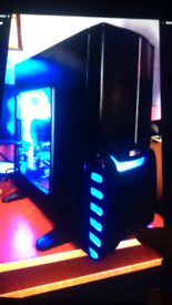 """Gaming pc with 17"""" monitor"""