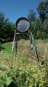 OIL DRUM WITH STAND (derrick)40 to 50 gallons