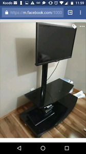LG SMART TV FREE TV STAND 1.2 YEARS OLD
