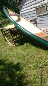 NICE GOOD CONDITION CANOE