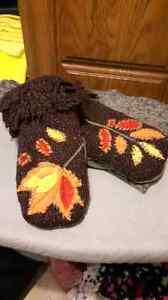 """Wool """"Fall themed"""" Mittens"""