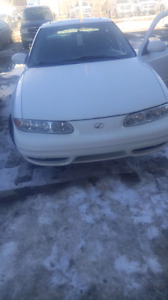 LOW KMS Olds mobile alero fully loaded