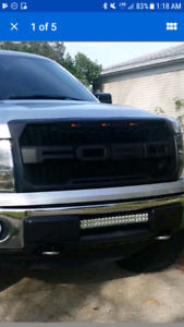 FORD grille MAKE OFFER!! With wiring harness and the F and R.