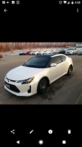 2016 SCION LOW KMS PRIVATE SALE.