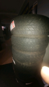 205/60R16 USED SET OF GOODYYEAR WINTER TIRES 85%