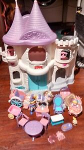 Vintage Fisher Price Loving Family Once upon a Dream Dollhouse