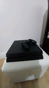 Console PS4 + 1 manette