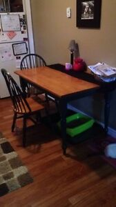 Table & 4 chairs 50$